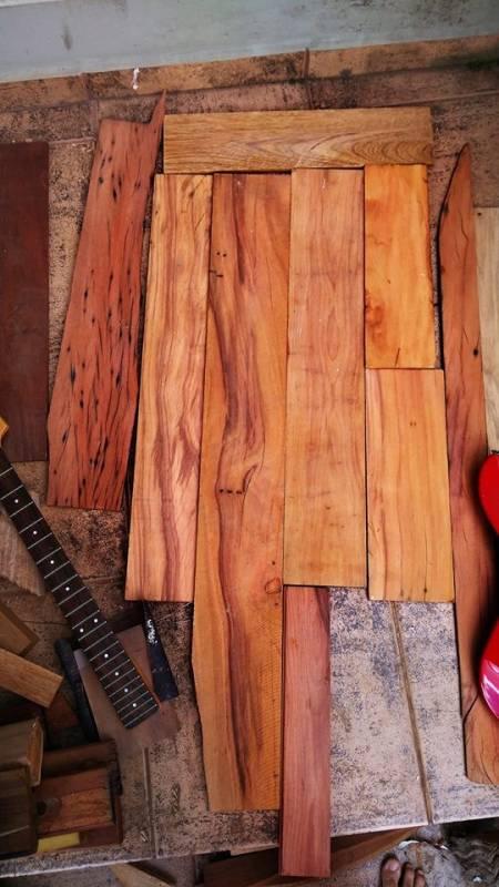 Aplicar Verniz de Madeira Vargem Grande Paulista - Aplicação de Verniz Acrílico